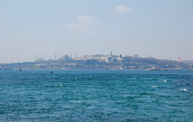 Счастье в магически-молчаливых переулках Стамбула….